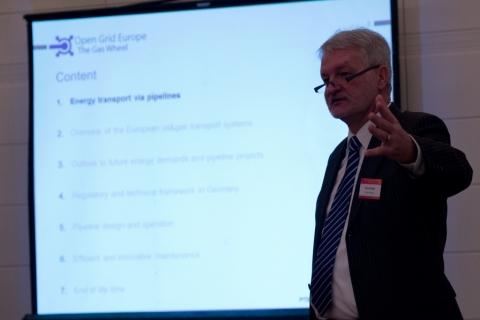 Pipeline Technology Seminar (Middle East) - Course Director Heinz Watzka, EITEP